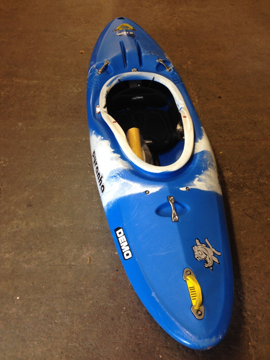 Whitewater Kayaks For Sale >> Ex Demo Pyranha B2 Small Kayak in Connect River BWB £400.00